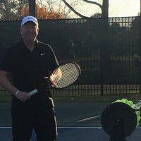 Coach Delfín . Tennis Instructor Photo
